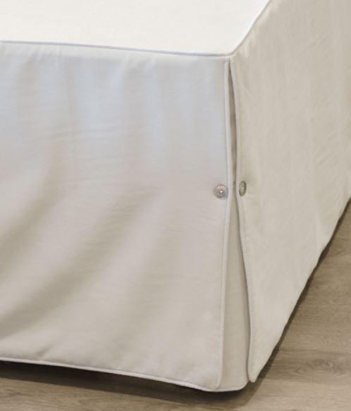 Nord sengekappe babycord biser forede kanter wienerfolder lettstelt elegant
