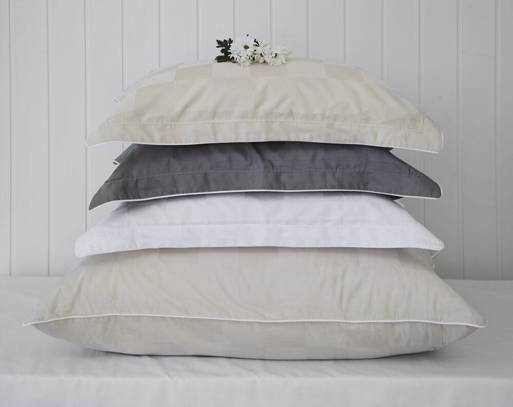 Nord sengetøy putevar putetrekk kvalitet damask klassisk norsk design rutemønster alle farger